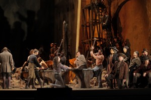 Il_Trovatore_5_Photo_Ken_Howard-Met_Opera