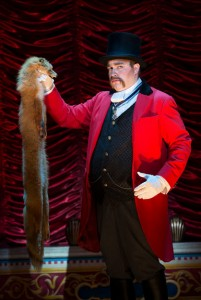 John Rapson as Lord Adalbert D'Ysquith in A GENTLEMAN'S GUIDE TO LOVE AND MURDER National Tour. Photo by Joan Marcus.