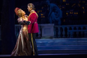 10. Renée Fleming_Thomas Hampson_THE MERRY WIDOW_LYR151111_544_c.Todd Rosenberg