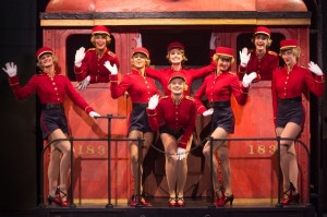 The cast of the North American tour of BULLETS OVER BROADWAY. Photo by Matthew Murphy.