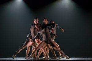 alejandro-cerrudos-niebla-hubbard-street-dance-chicago-ac0972