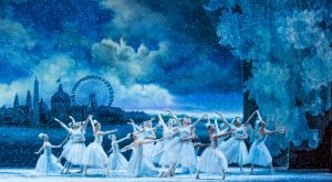 13-the-joffrey-ballet-in-christopher-wheeldons-the-nutcracker-photo-by-cheryl-mann