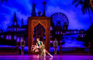 17-fabrice-calmels-and-christine-rocas-as-arabian-dancers-in-christopher-wheeldons-the-nutcracker-photo-by-cheryl-mann