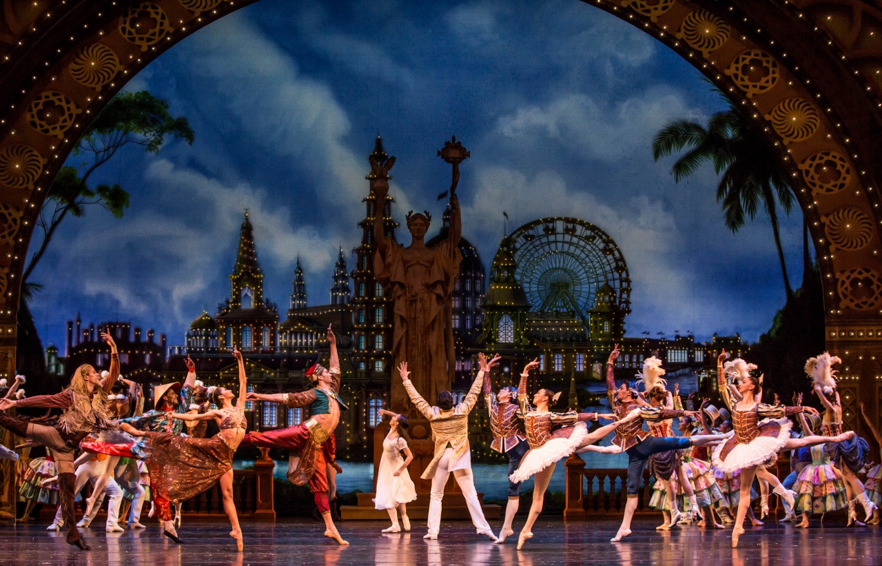 joffrey ballet essay Essay: when i broke up with ballet  successful performing career with companies like the australian ballet, the joffrey ballet and the san francisco  essay.