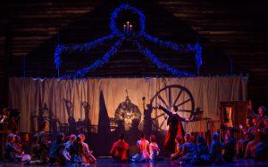 6-miguel-angel-blanco-with-joffrey-ballet-company-members-in-christopher-wheeldons-the-nutcracker-photo-by-cheryl-mann