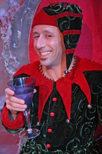 theater-wit-santaland-diaries-mitchell-fain_3-credit-johnny-knight