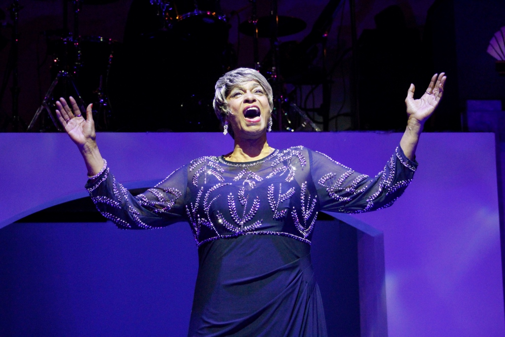 Theater Review: STYLE AND GRACE: IN TRIBUTE TO LENA HORNE