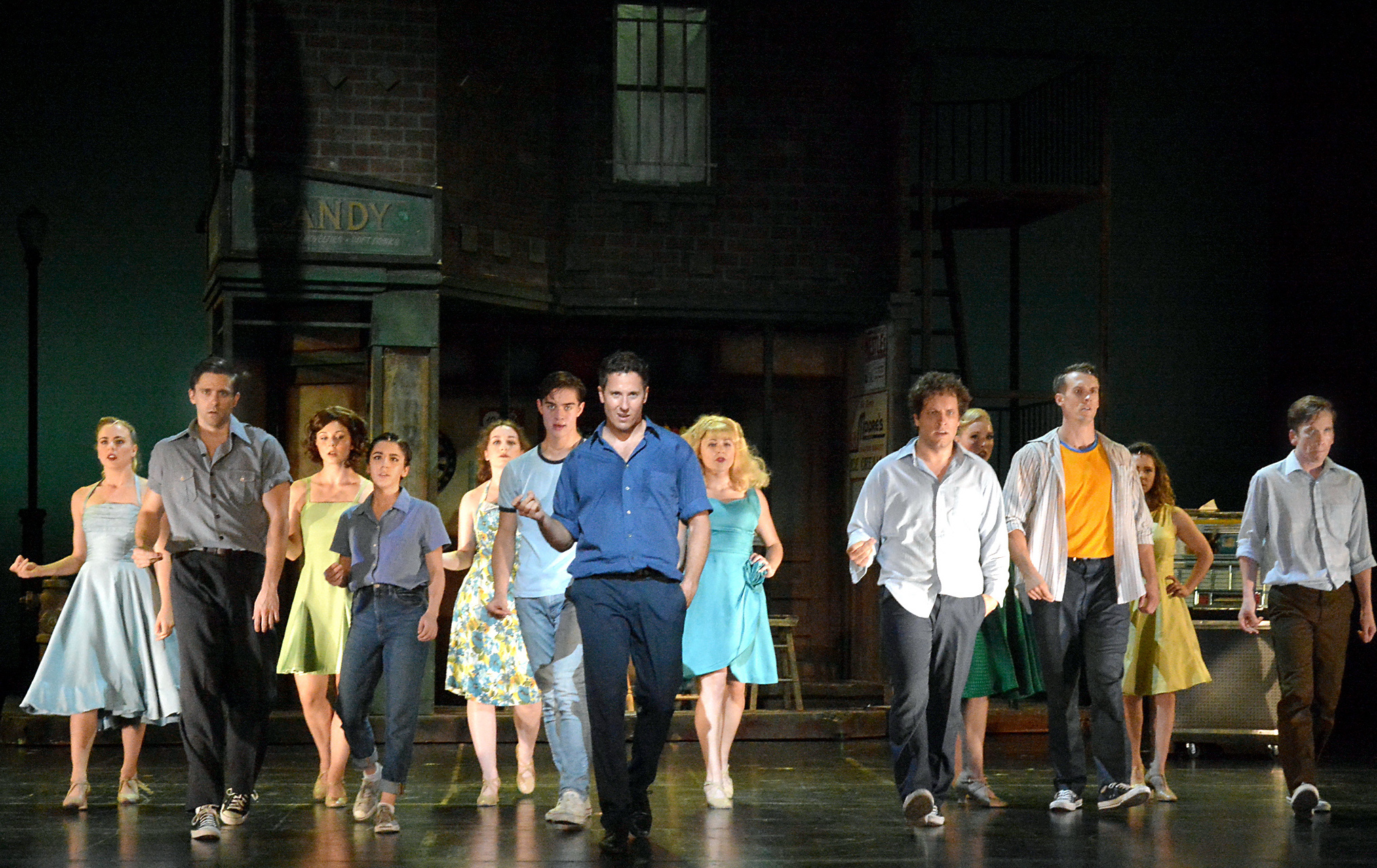 Theater Review: WEST SIDE STORY (5-Star Theatricals in